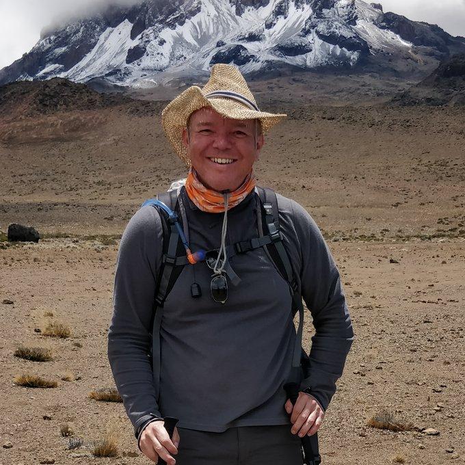 Day 12: Kibo Hut / Uhuru Peak (Day 5 of Kilimanjaro part)
